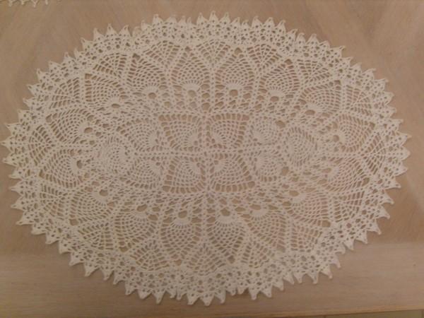 Modele de napperon ovale gratuit - Modele tapis crochet gratuit ...